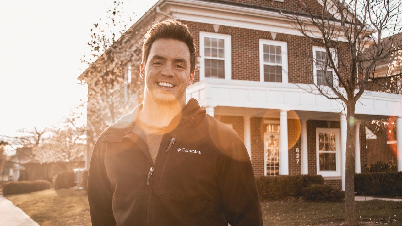 Dom dla rodziny – Budować czy kupić?